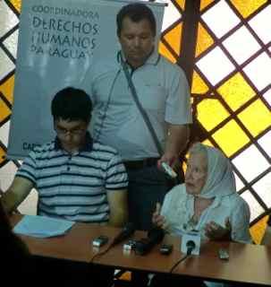 Nora Cortiñas en conferencia de prensa final de la Misión, Asunciòn, 14.11.13